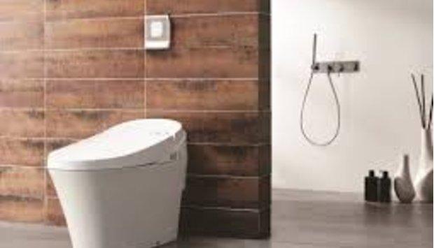 Sử dụng bồn cầu Thông minh là nói không với giấy vệ sinh kém chất lượng